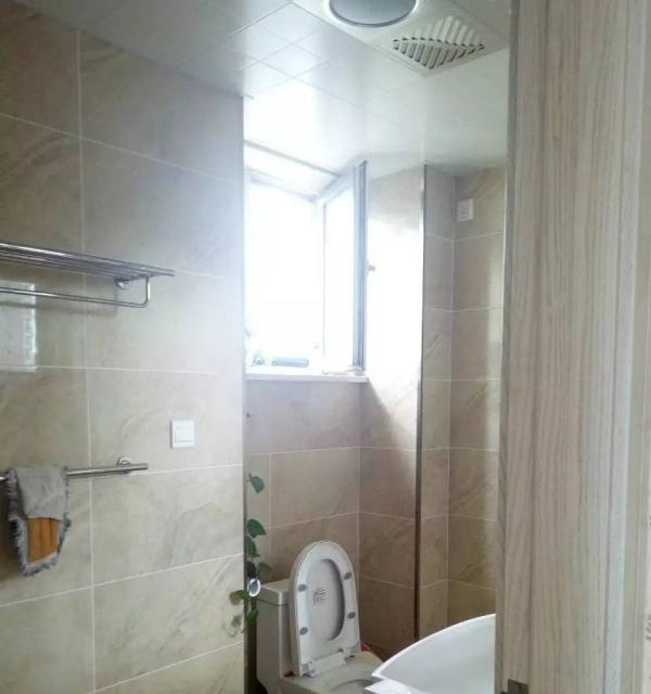 辽河半岛17楼122平62平三室俩厅两卫一中学。区