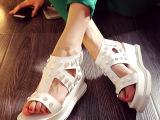 2015夏季韩版真皮女凉鞋 铆钉露趾松糕底新款女鞋 厂家直销 代