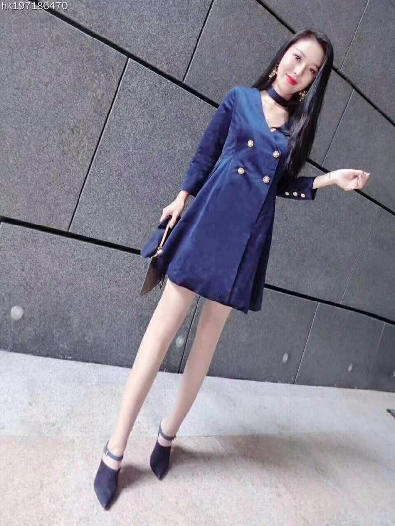 广州高仿奢侈品女装高仿女装普拉达女装