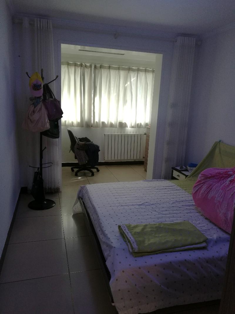 凯旋东路 洛阳市蔬菜公司家属院 3室 2厅 110平米 整租