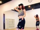 西安专业钢管舞培训|西安华翎钢管舞培训机构