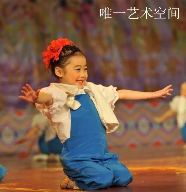 民族舞少儿班(四维无痛基本功)