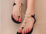 韩版小辣椒 珍珠水钻平底夹脚夹趾女凉拖 平底凉鞋子女厂家直销