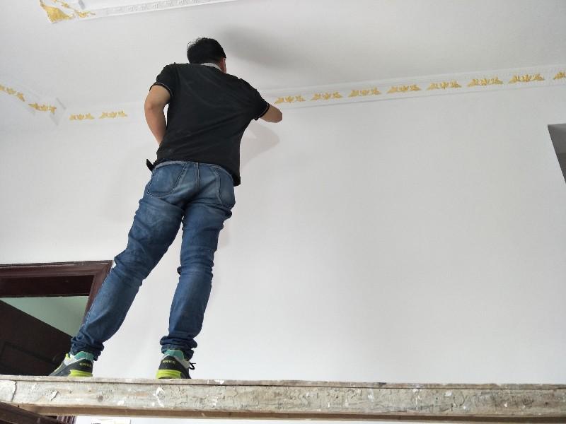 低价承接油漆 刮腻子 墙漆旧房翻新 修补 泥木水电
