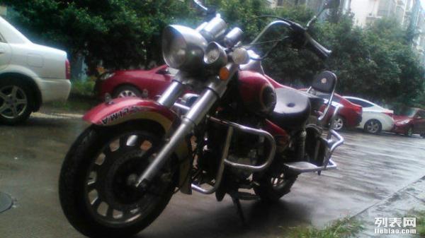 最帅的摩托车_帅气摩托车广告psd分层素材