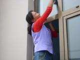 青岛收费合理的家政保洁公司 地毯清洗石材打磨地板打蜡擦玻璃