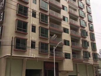 石岩中心区精品住宅楼 千禧广场旁 精装交房千禧家园