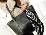 新款韩版骷髅头黑色大包包PU皮朋克风女包骷髅包气质丝巾单肩包