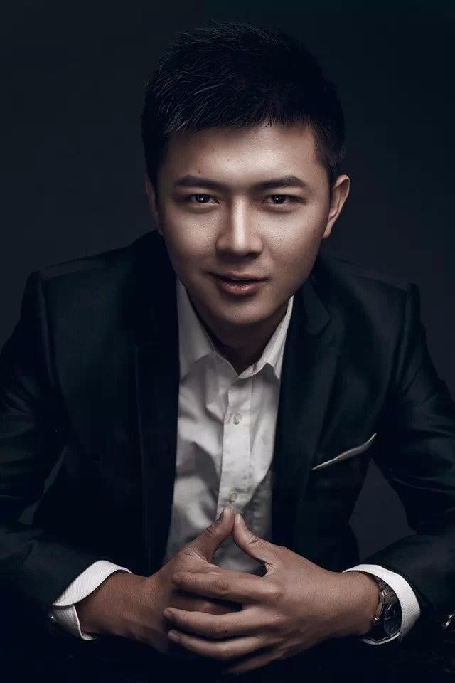 哈尔滨个性帅气男士写真艺术照