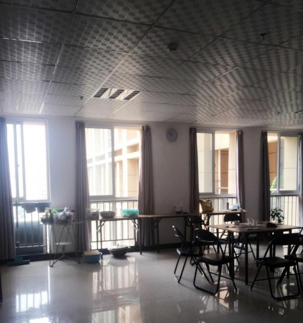 西工区王城大道 纯办公商务楼中迈红东方120平米 相关广告