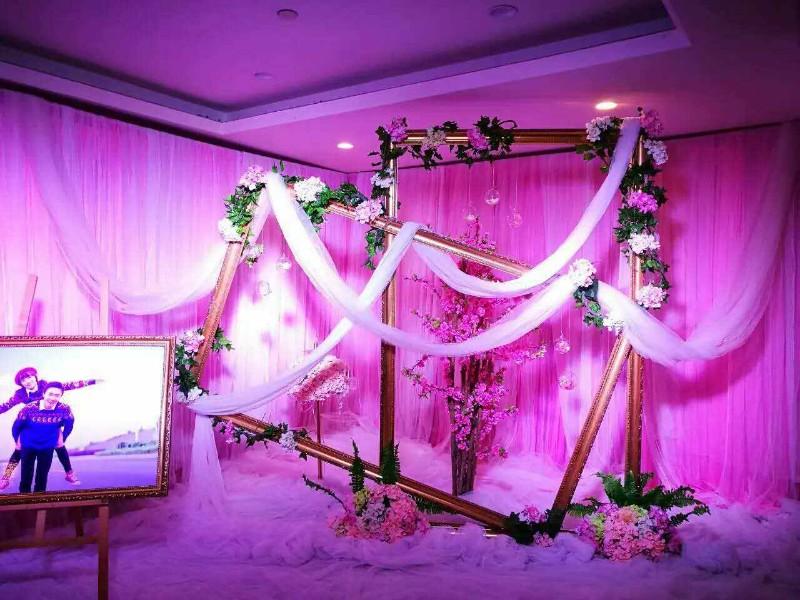 专业的婚礼策划,多种多样的灯光音响设备租赁