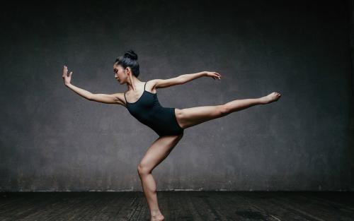 女人为什么要跳舞?