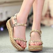 欧洲站女鞋 铆钉防水台 坡跟松糕鞋 厚底凉鞋 真皮金色凉鞋女凉鞋