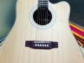 潍坊学院女生自用高档吉他几乎全新便宜