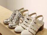 【热销】韩国东大门同款 学院风真皮镂空粗跟可爱圆头女式凉鞋
