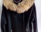 女中长款黑色带狐狸真毛领外衣