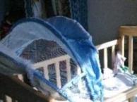 九成新婴儿床现因小家伙不爱睡在小床上忍痛转让加微信152