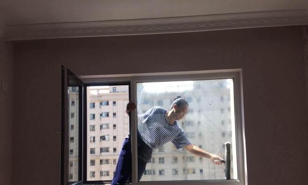沈姐家政承接企业物业办公楼 家庭新居室内外开荒保洁