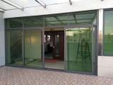 东莞市玻璃墙面隔断装修工程施工承包