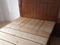 全新实木床,衣柜,五斗厨,餐桌(含四把椅超低价出售