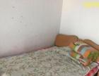 长生花园四楼底价出租,92平米两室两厅,550月简单家具