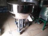 供应150kg不锈钢搅拌机 饲料混合机 食品拌料机