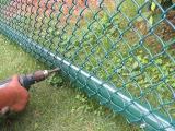 绿化勾花网 公园围栏用的包塑勾花网5*5cm网孔 草坪美化铁丝网