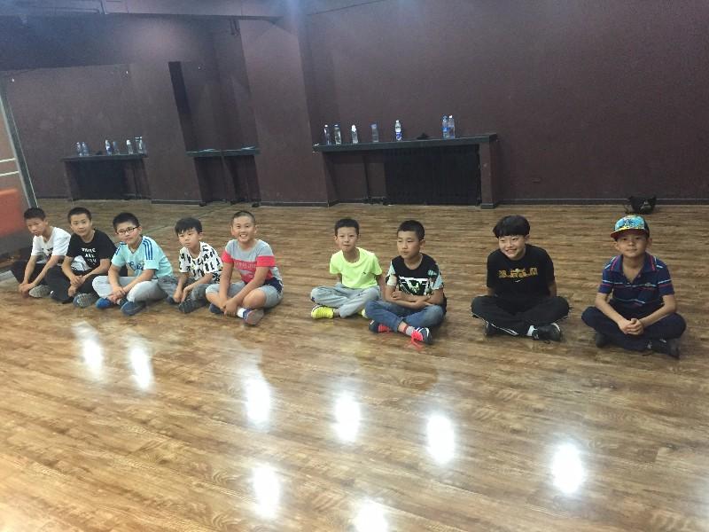 昌平舞蹈幼儿少儿成人街舞 爵士 拉丁舞蹈培训