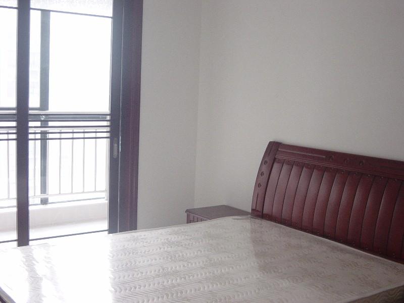 国润翠湖精装全套3房2厅 拎包入住 空置房随看随住