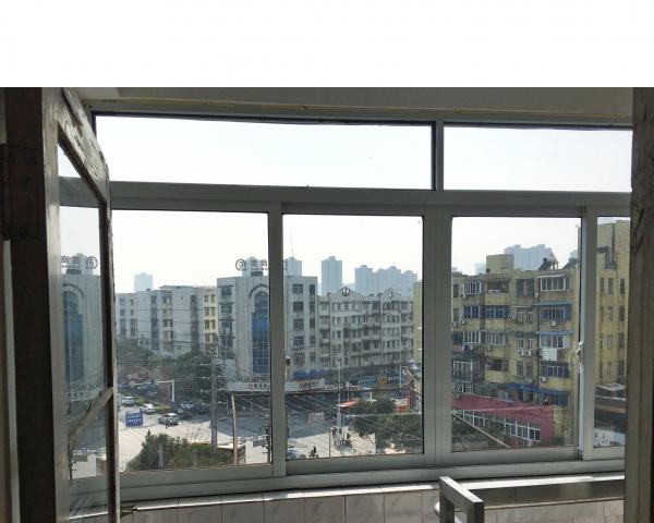 镜湖区北门华联商城 2室1厅 70平米 1000/月