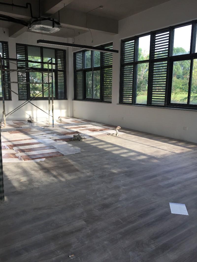 湖州市吴兴区地板安装 墙纸施工,家庭装修上门服务