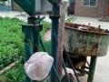 吊机和搅拌机