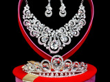 新款结婚新娘皇冠项链三件套饰品头饰夸张时尚韩国礼盒装011