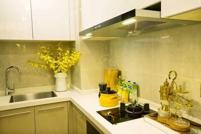 深圳北站 龙光玖钻 39平米复式精装公寓出售