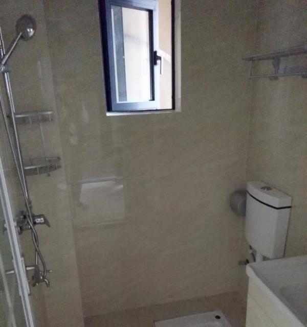 海语江山豪华单间出租家电家具齐全,拎包入住,随时看房。