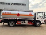 解放10吨油罐车 柴油运输车 5吨8吨10吨加油车低价促销