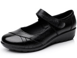 2014新款妈妈鞋子平跟真皮中老年皮鞋中年女鞋老人软底单鞋批发