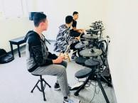 吉他,钢琴,架子鼓,爵士舞培训