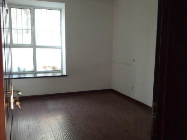 森林逸城B区大三室,采光好,南北通透,房主急售,有钥匙