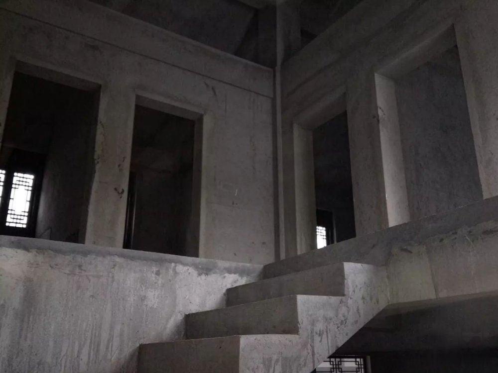 【图】珠江源别墅6室3厅312平大客厅别墅毛全新安装通风道外古镇图片