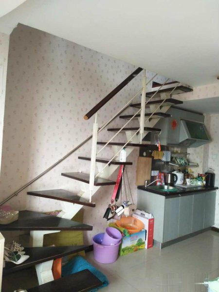 水悦城金德瑞酒店旁 电梯房 复式两层