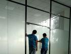 厦门玻璃玻璃隔断墙专业设计安装,双玻百叶隔断墙,生态木门出售