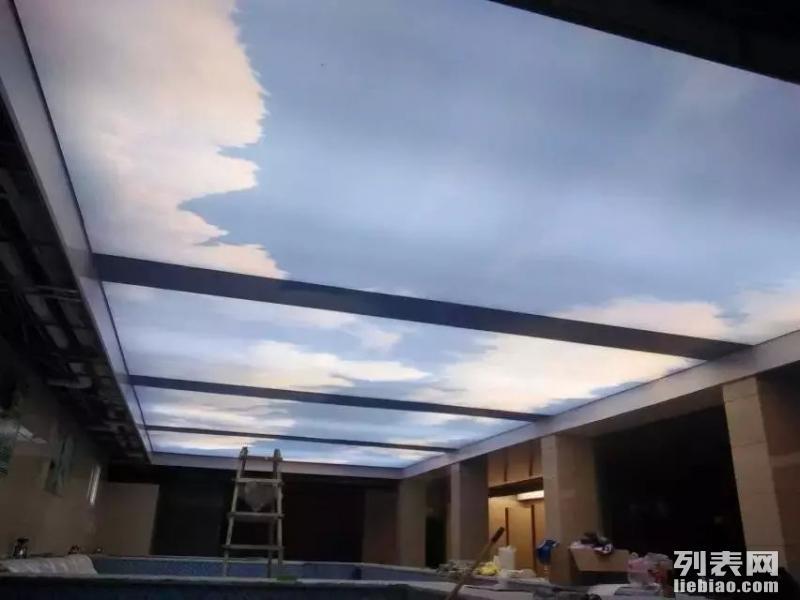 芜湖浴室软膜吊顶透光喷绘灯箱膜游泳馆软膜吊顶