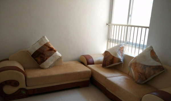大观园贤林苑 2室1厅 70平米 中等装修 押一付三