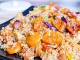 辽宁酱领串炒饭多种口味多种串类自助式的选择