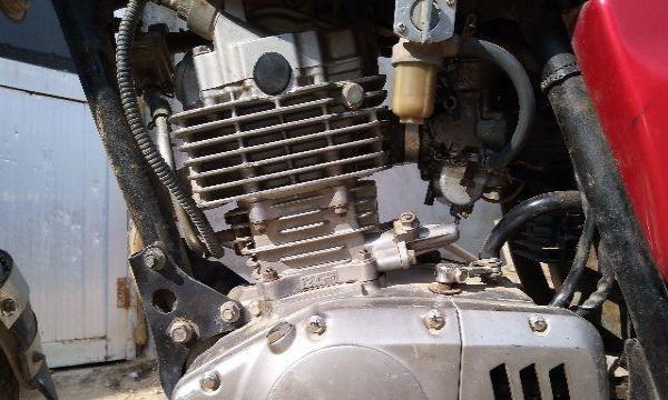 出售铃木GS125摩托车一辆