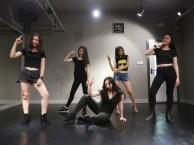 深圳宝安派澜韩国街舞培训班掀起初中小学生才艺课程热潮