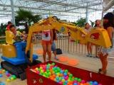 儿童挖掘机可坐可骑,儿童玩具电动挖掘机
