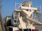 本溪沙漠越野水泥搅拌车 东风6驱越野搅拌车1年0.1万公里15万
