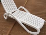 加厚休闲沙滩折叠躺椅泳池会所塑料躺椅钓鱼折叠塑料躺椅花园躺椅